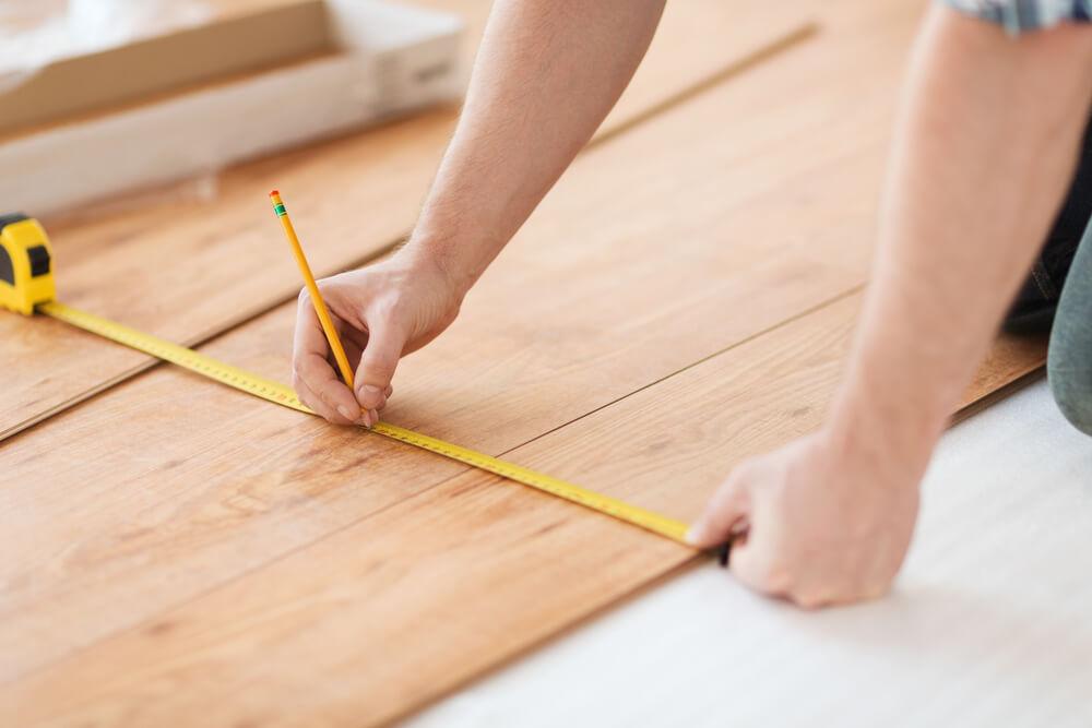 laminate flooring cost measuring
